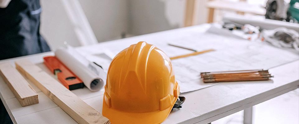 kask, narzędzia iplan budowy